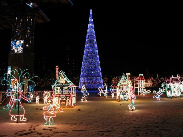 a fantastic winter holiday wonderland in lights bentleyville christmas lights village