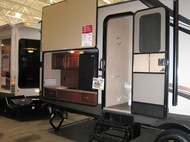 This one had  in addition to the outdoor kitchen and bbq grill  a second outside entrance to the bathroom convenient for outdoor living. Pods  Tear Drop Campers   Madison RV Show   Scenic Pathways