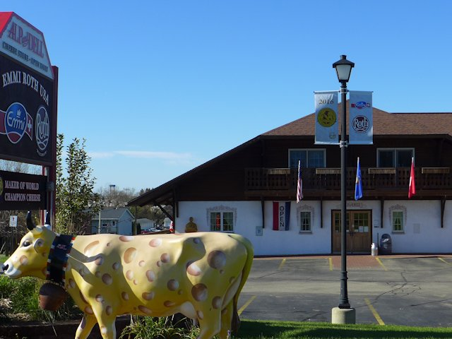 Alp & Dell Cheese Store is the factory outlet for Emmi-Roth, a world class cheese producer.