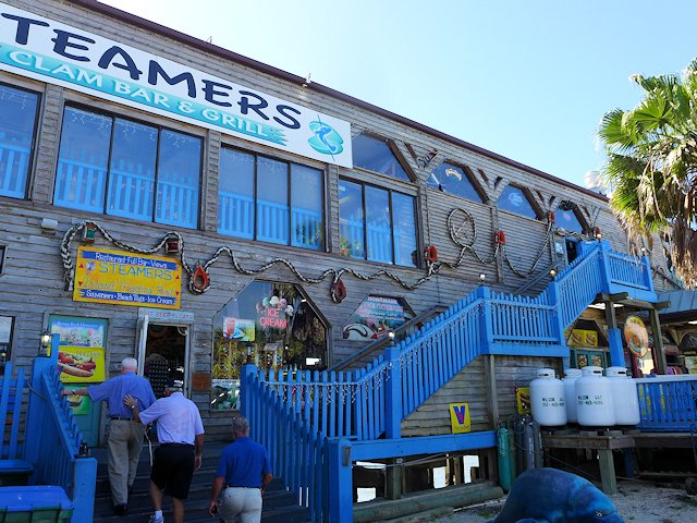 steamers1070023