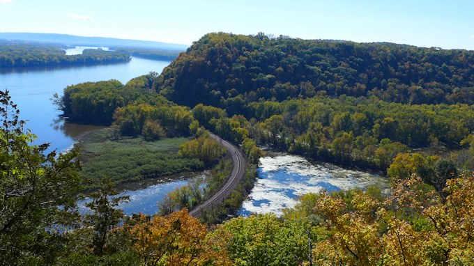 Great River Road Effigy mounds