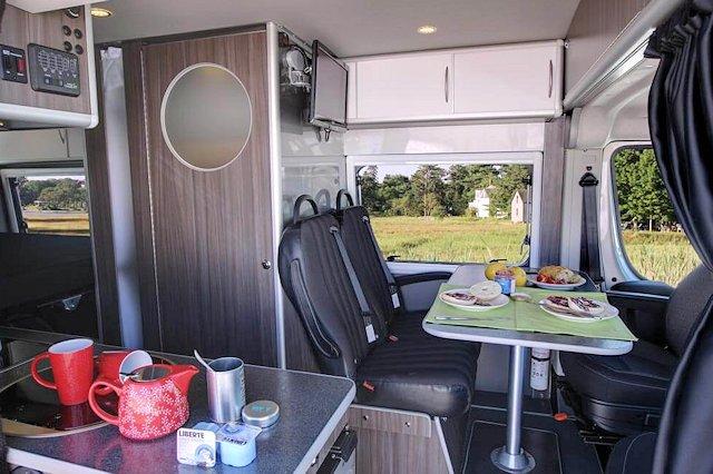 Safari Condo XL21 Compact Motorhome