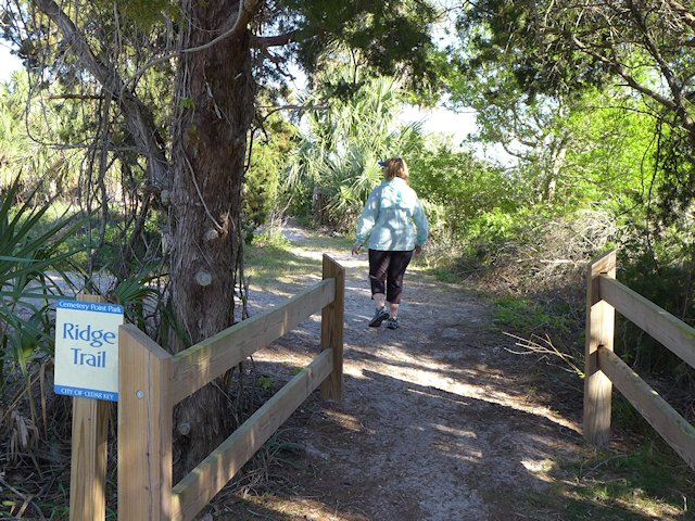 cemetery point walking trail