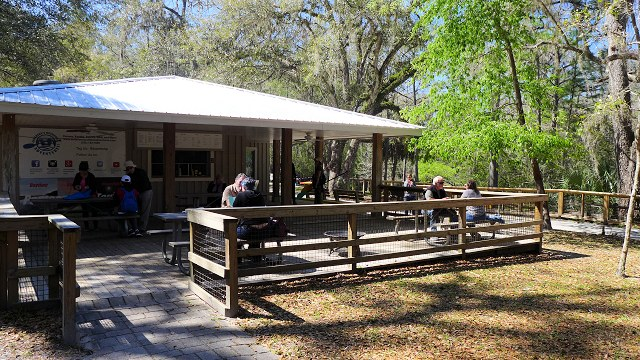 manatee springs concession stand