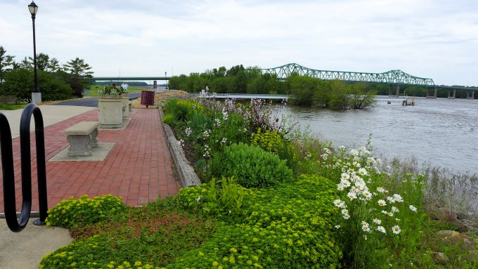 Great River Bike Trail, Fulton, IL